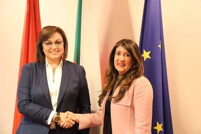 Председателят на НС на БСП Корнелия Нинова се срещна с посланика на Съединените американски щати в България Н. Пр. г-жа Херо Мустафа. Снимка БСП