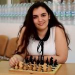 Виктория Радева завърши с отличие Търговската гимназия.