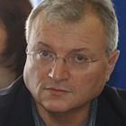 Светльо Витков в ролята на Иван Рилски. Отива ли му?