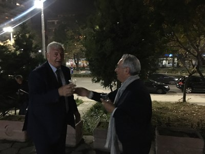Анести Тимчев, ръководил на програмата на Димитров, го посрещна.