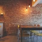 В Албания влязоха в сила нови мерки, с които след повече от два месеца се отварят барове, ресторанти, кафенета, музеи и библиотеки СНИМКА: Pixabay