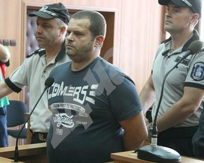 Илия Стоичков в съда СНИМКИ: Евгени Цветков СНИМКА: 24 часа