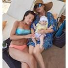 Славея Сиракова с дъщеря си Емили и Илиана Раева СНИМКИ: Инстаграм/slaveiasirakova