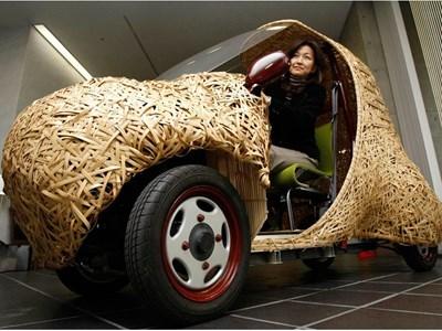 Японци създадоха бамбукова електрическа кола. Снимка: Ройтерс