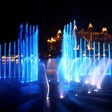 Дубай постави рекорд с най-големия фонтан в света (Снимки)