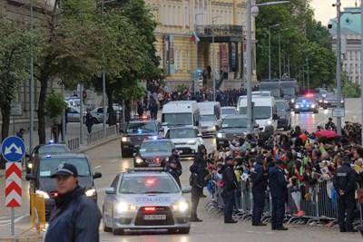Полицаи вероятно ще поемат охраната на политици. СНИМКА: Снимки: Румяна Тонева