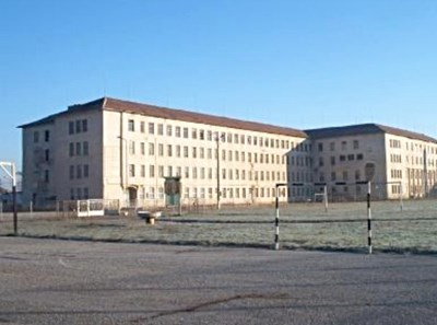 Поправителния дом в Бойчиновци става общежитие от закрит тип на врачанския затвор. Снимка от архива на автора.