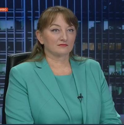 Министърът на труда и социалната политика Деница Сачева КАДЪР: БНТ