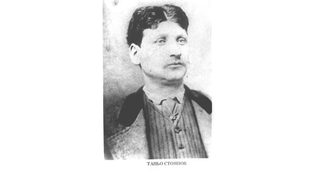 Четата на Таньо войвода слиза на българска земя заедно с Ботевата