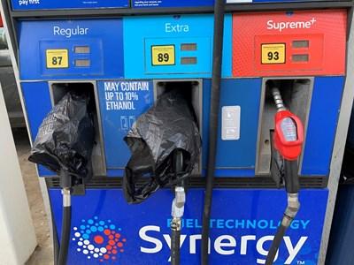 Във Великобритания: Спокойно, гориво има за всички!
