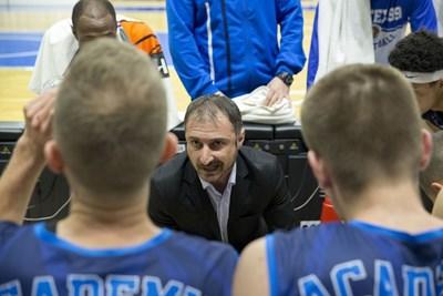 """Асен Николов изведе """"Академик Бултекс 99"""" до топ 4 при едва втория сезон на тима в елита."""