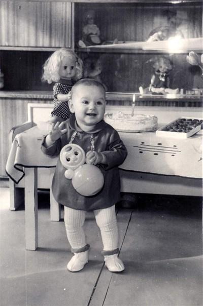 На първия си рожден ден
