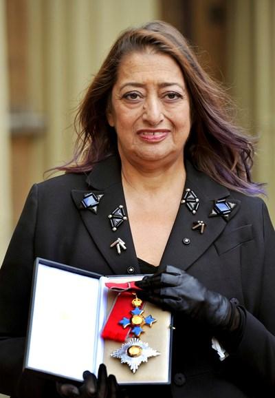 През 2012 година Заха Хадид бе удостоена с Ордена на Британската империя Снимка Ройтерс