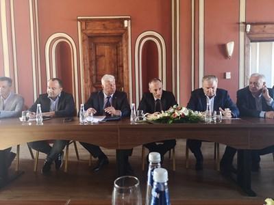 """Министър Вълчев подкрепи """"Бизнесът за Пловдив"""" за клъстър в областта на иновациите"""