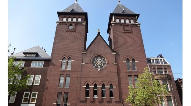 Църкви в Европа стават джамии