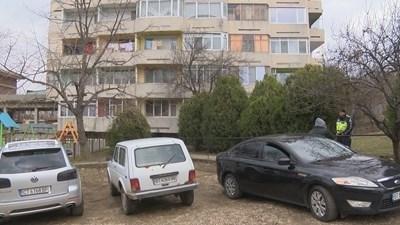 """Блокът на ул.""""Цар Освободител"""", където се разиграл екшъна СНИМКА: Дима Максимова"""