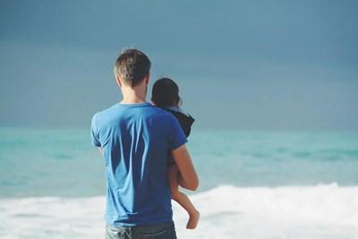 Експерти: Децата с COVID-19 може да не са толкова заразни като възрастните