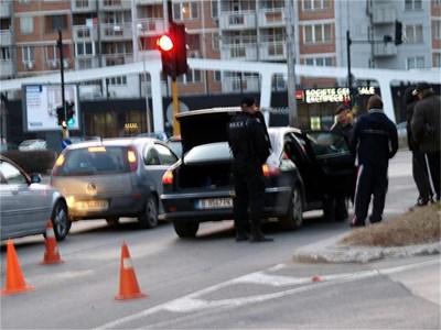 Ивайло Костов бе задържан на оживено кръстовище във Варна.  СНИМКА: АРХИВ
