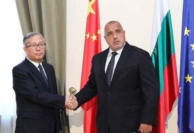 Бойко Борисов по време на срещата си с г-н Ли Хунджон СНИМКИ: пресслужбата на кабинета