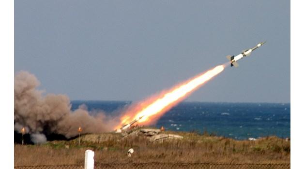 """МиГ-29 паднал в """"сметището"""" за разбити самолети"""