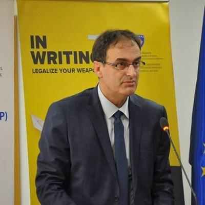 Заместник-министърът на вътрешните работи на Косово Изми Зека Снимка: Личен профил във фейсбук