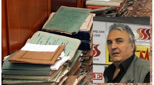 Служител на ДС: Горихме досиета, за да запазим агентите си