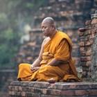Будистки монах медитира. СНИМКА: ПИКСАБЕЙ