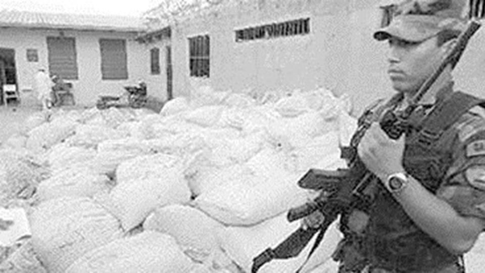 Криминален архив: Вълна от убийства заради спрените 5 т кока. Боян Охлюва е организатор на преминаването на пратката