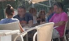 Вижте Малкия Маргин на тенис с охранители