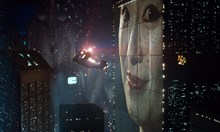 """Филмите, които предсказаха бъдещето - """"Матрицата"""", """"Семейство Симпсън"""" и """"Завръщане в бъдещето"""""""