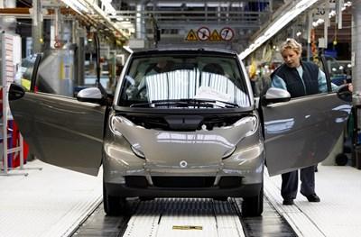 Франция бележи стабилен ръст на продажбите, което осигурява работа на френската автомобилна промишленост.  СНИМКА: РОЙТЕРС