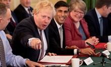 За британска работна виза трябва да печелим поне 23 000 паунда