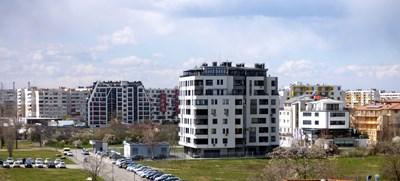 Данъкът при придобиване на имот е процент от покупната цена или данъчната оценка.