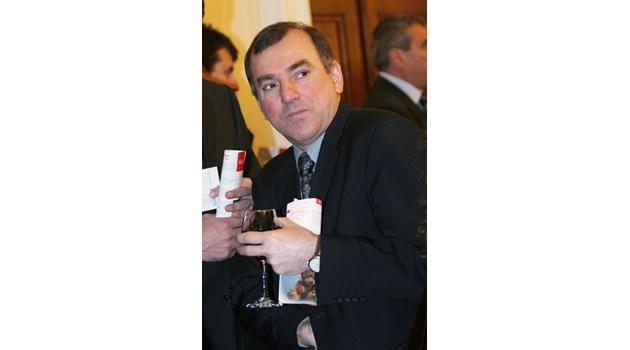 """""""Антимафия"""" иска имоти за 11 млн. лв. от бившия финансов министър Стоян Александров (Обзор)"""