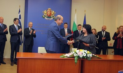 Подписаха  договорите за  газова връзка  с Гърция (обзор)