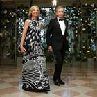 Милиардерът със съпругата си Елен.