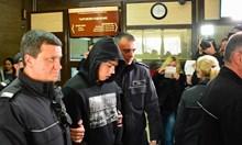 Ученикът, обвинен в опит за убийство, остава в ареста