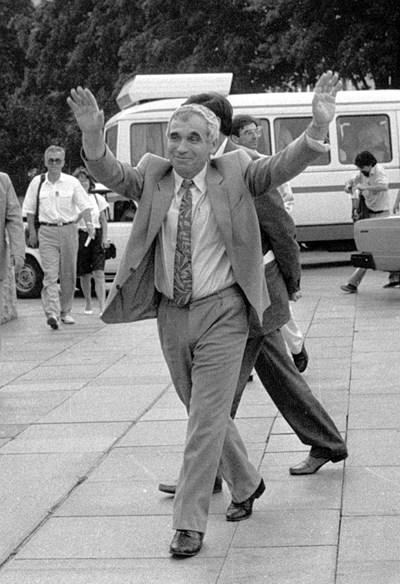 Д-р Желю Желев запази честността и морала си въпреки политическата мелница