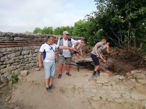 Тази година разкопките в крепостта Мисионис край Търговище ще продължат до октомври. Снимки: Авторът