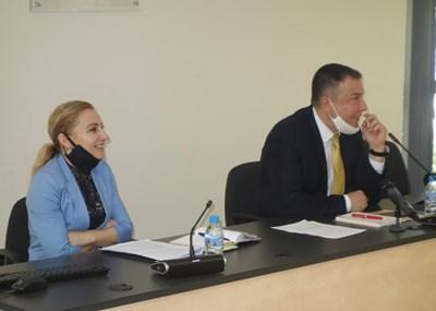 Кметът Николай Димитров представи мерките, които общината предприема за осигуряване на нормален летен сезон.