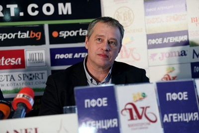 Иво Ивков още не е решил дали ще се кандидатира на конгреса