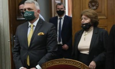 """Николай Хаджигенов и Татяна Дончева имат често различни позиции в """"Изправи се! Мутри вън!"""", но си партнират като адвокати."""