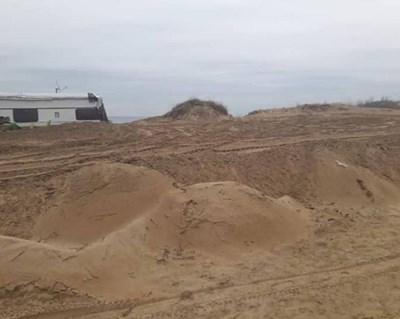 Разораните пясъчни дюни. Снимки:фейсбук/Васил Гюров