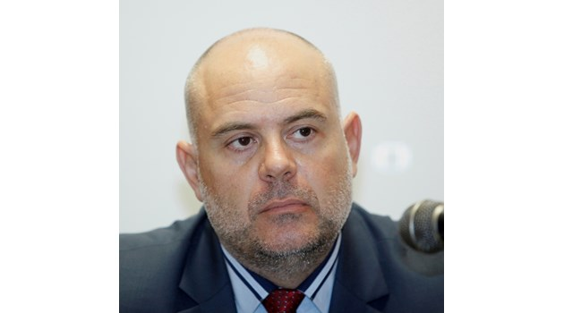 Наистина никой за нас не е над закона, днес ще го покажем на всички българи