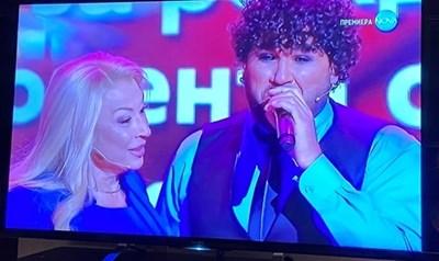 Азис с майка си в шоуто на Рачков