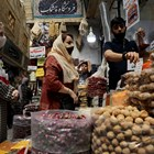 Иран съобщи днес, че е регистрирал нов рекорд на смъртни случаи от COVID-19 за едно денонощие СНИМКА: Ройтерс
