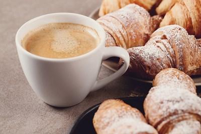 """Историята на """"френския"""" кроасан – закуска за бунтари"""