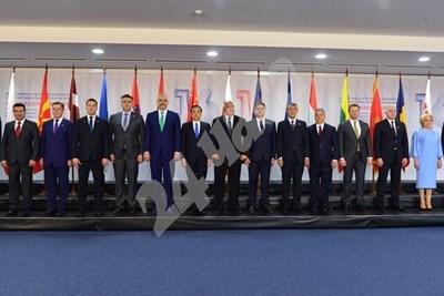 Премиерите, участващи на срещата СНИМКА: Йордан Симеонов