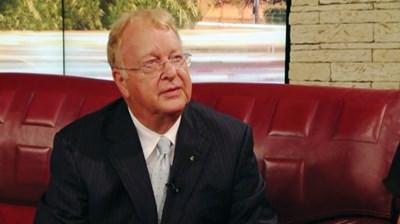 Албърт Парсънс, първият главен изпълнителен директор на Би Ти Ви, в студиото на Слави СНИМКА: Кадър: Би Ти Ви