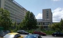 """Блъснатият в София полицай е в тежко състояние в болница """"Св. Анна"""""""